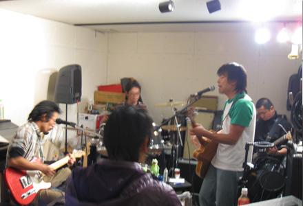 ロックバンドスタジオ